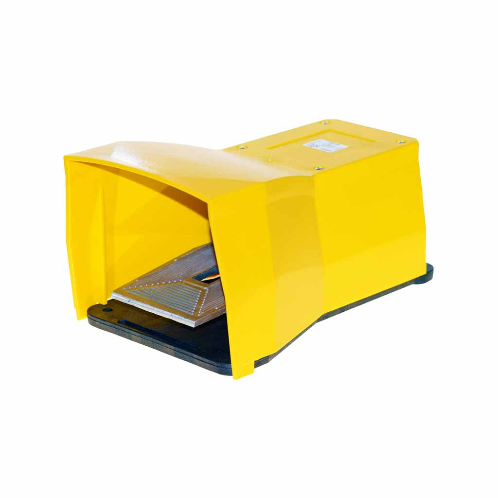 Kuhnke 76 series yellow foot pedal valve